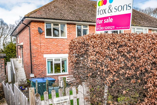 Thumbnail Maisonette for sale in Woodlands Road, East Grinstead