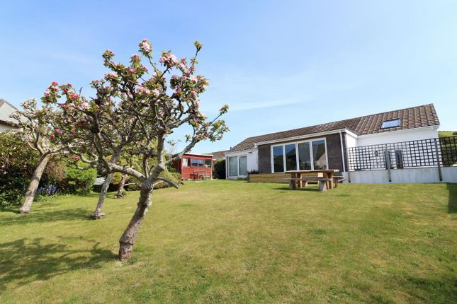 3 bedroom detached house for sale in Lane Head Close, Croyde, Braunton