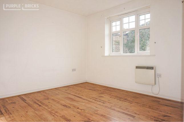 Bedroom One of Manordale Close, Wakefield WF4