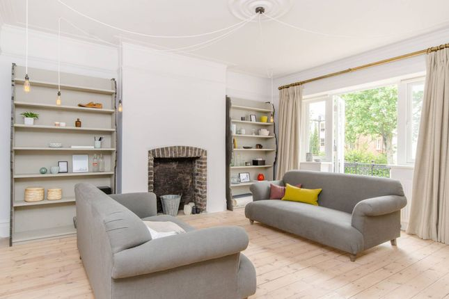 Thumbnail Flat to rent in Crediton Hill, West Hampstead, London