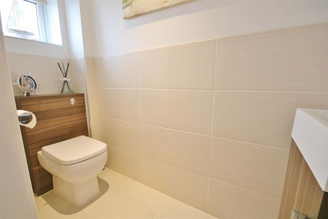 Cloakroom of Frinton Road, Kirby Cross, Frinton-On-Sea CO13