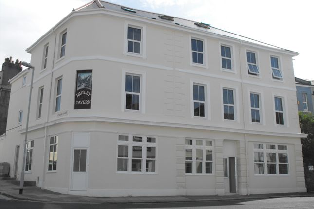 Thumbnail Flat to rent in Furzehill Road, Plymouth