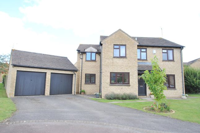 Willcox Drive, Woodmancote GL52
