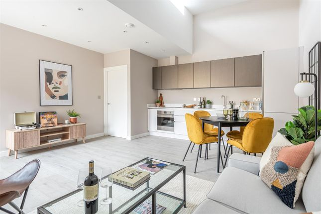 1 bed mews house for sale in Ainslie Wood Road, London E4