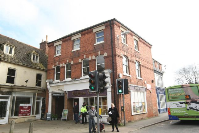 Commercial property to let in Crown Walk, High Street, Oakham