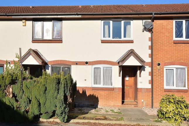 Thumbnail Terraced house for sale in Wordsworth Mead, Redhill, Surrey