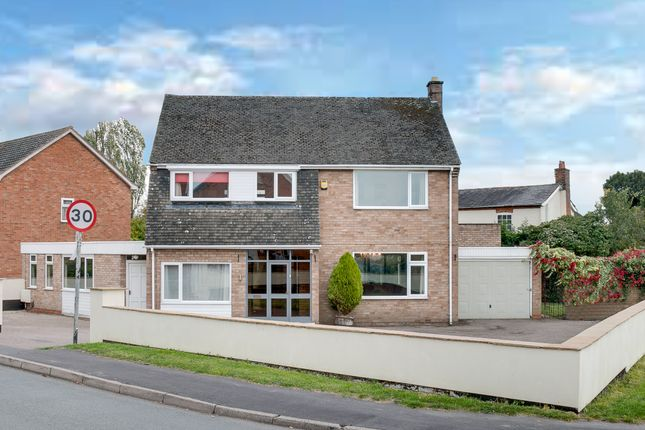 Thumbnail Detached house for sale in Watts Road, Studley
