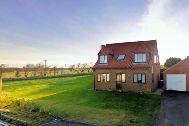 Thumbnail Detached house to rent in Grange Close, Scarborough