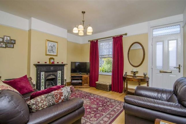 Thumbnail Terraced house for sale in College Street, Rushden, Northamptonshire