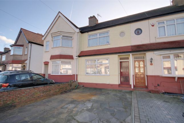 Thumbnail Property for sale in Roedean Avenue, Enfield