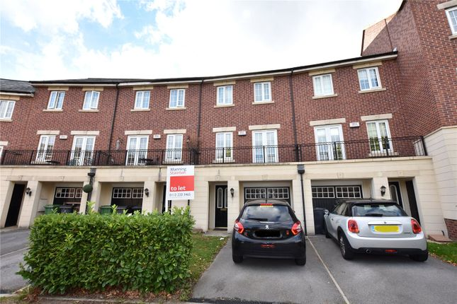 Thumbnail Town house to rent in Salamanca Crescent, New Forest Village, Leeds