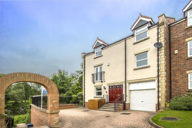 Thumbnail Property for sale in Mains Place, Morpeth