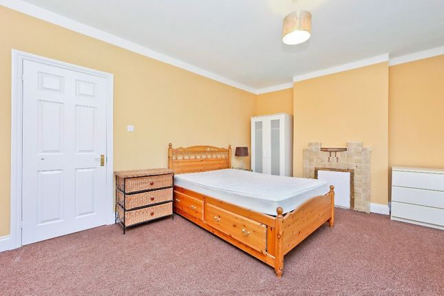 Thumbnail Terraced house to rent in Berrymead Gardens, London