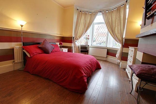 Thumbnail Flat to rent in Hunningley Close, Barnsley