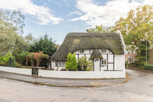 Thumbnail Cottage for sale in Southampton Road, Ringwood