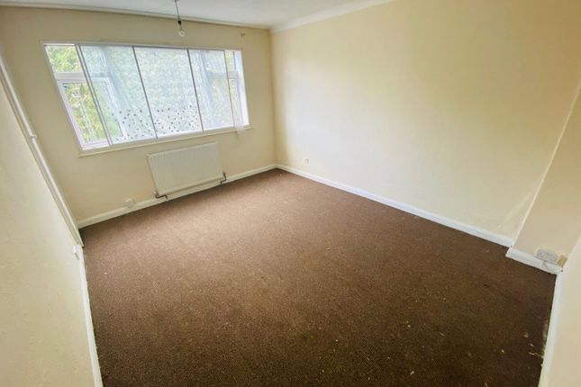 Thumbnail Semi-detached house to rent in Birchway, Hayes
