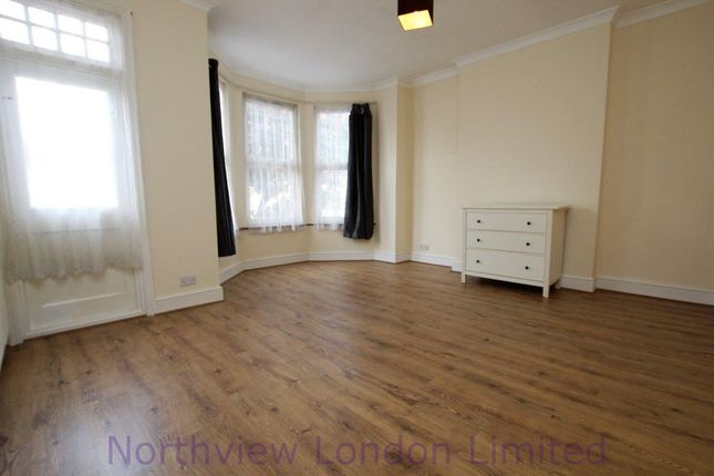Thumbnail Semi-detached house to rent in Arcadian Gardens, Wood Green