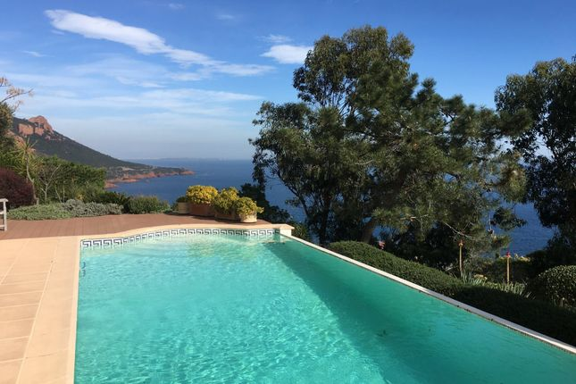 6 bed property for sale in Antheor, Var, France