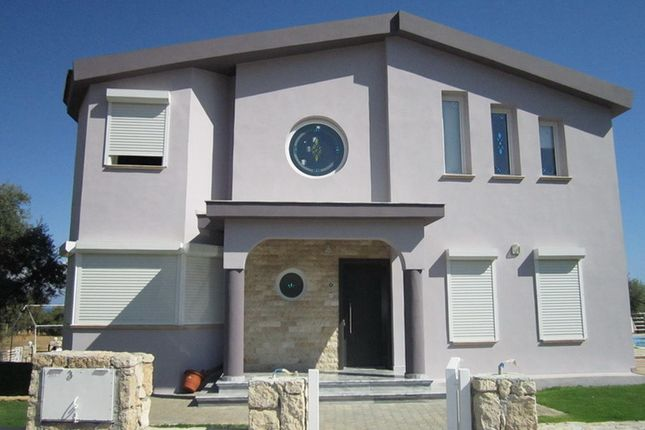 4 bed villa for sale in Catalkoy, Kyrenia, Northern Cyprus