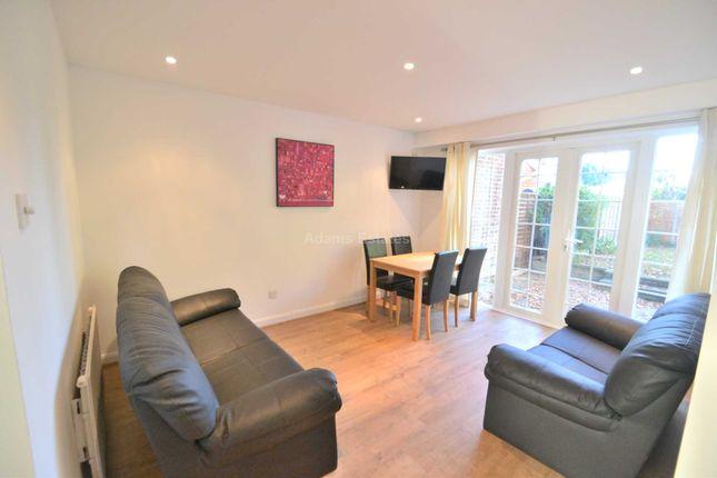 Thumbnail Room to rent in Bathurst Road, Winnersh, Wokingham