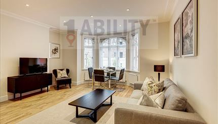 Thumbnail Flat to rent in King Street, London