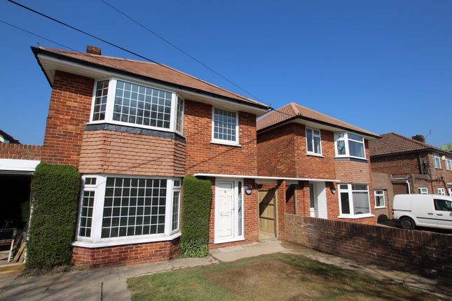 3 bed property to rent in The Strand, Goring-By-Sea BN12