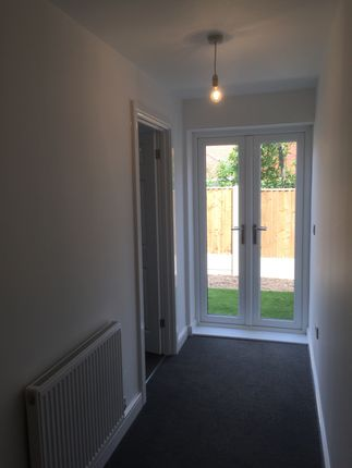 Thumbnail Flat to rent in Basford Road, Basford, Nottingham