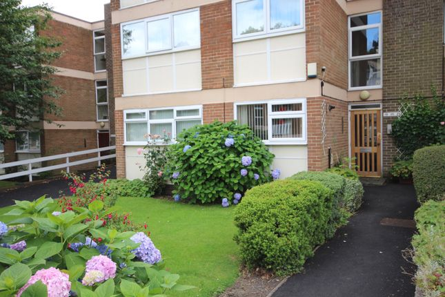 Thumbnail Flat to rent in Newton Court, Leeds, West Yorkshire