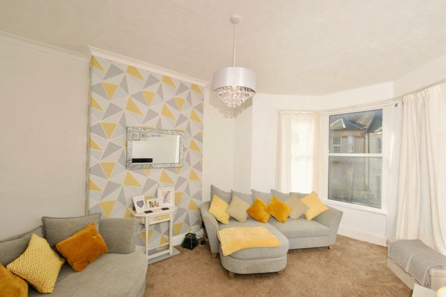 Thumbnail Flat to rent in Langham Place, Plymouth