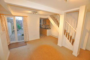 2 bed maisonette to rent in Coronation Avenue, Bath, Avon
