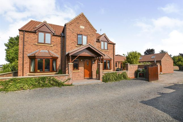Thumbnail Detached house for sale in North Moor Road, Walkeringham, Doncaster