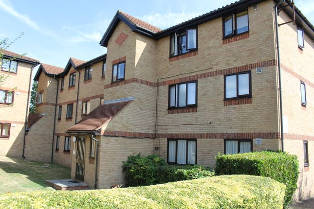 Thumbnail Flat to rent in Waddington Close, Burleigh Road, Enfield