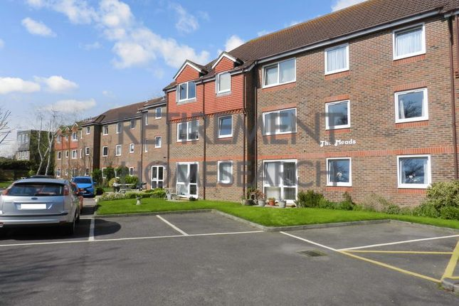 Thumbnail Flat for sale in The Meads, Windsor