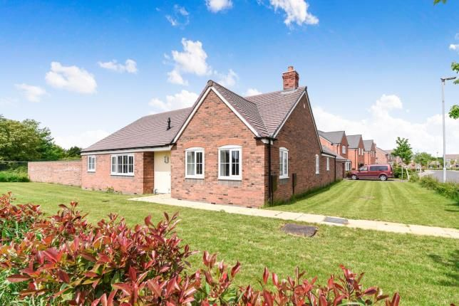 Thumbnail Bungalow for sale in Orchard Close, South Littleton, Evesham, Worcestershire
