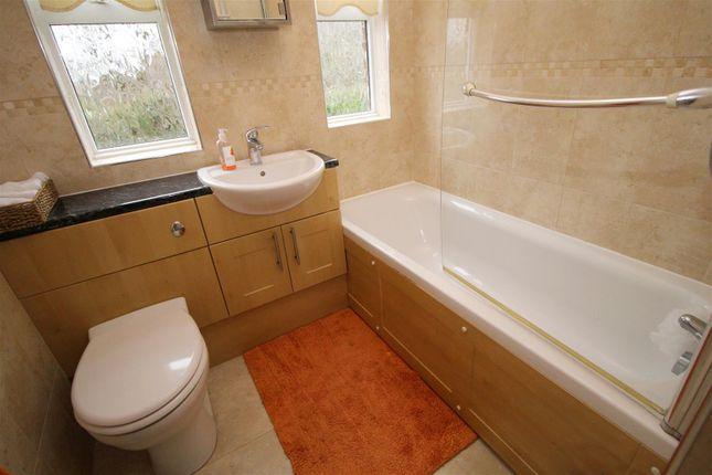 Bathroom of Mayflower Close, Maidenbower, Crawley RH10