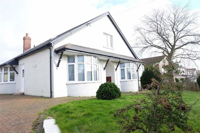 Thumbnail Detached bungalow for sale in Pontypridd Road, Barry, Vale Of Glamorgan