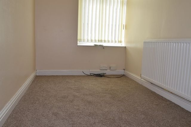 Bedroom 3 of Hilton Fold Lane, Middleton, Manchester M24