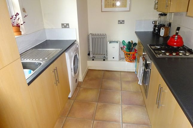 Fitted Kitchen of 10, Mayfield Road, Whalley Range, Manchester. M16