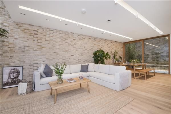 Thumbnail Property to rent in Bingham Place, Marylebone