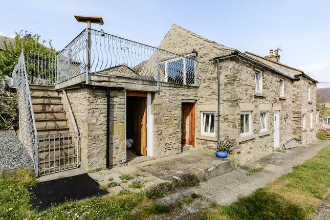 Thumbnail Detached house for sale in Harmby, Leyburn