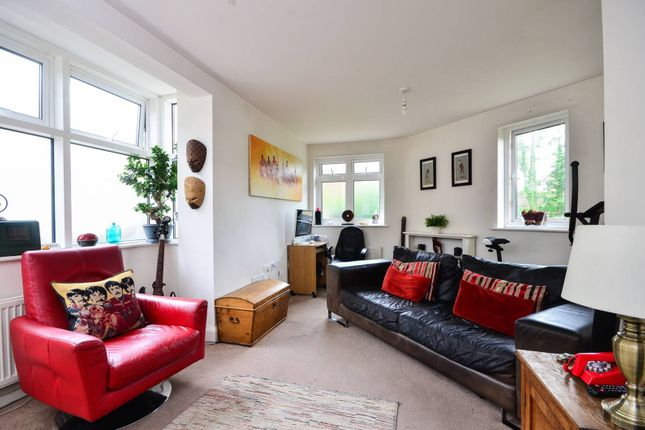 Thumbnail Property to rent in Nettlefold Place, West Norwood