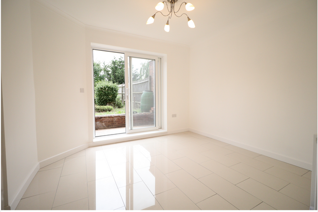Thumbnail Semi-detached house to rent in Bournehall Avenue, Bushey