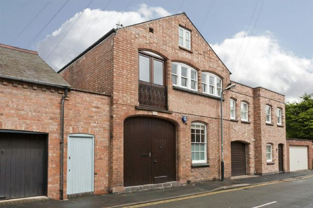 Thumbnail Barn conversion to rent in Morton Street, Leamington Spa