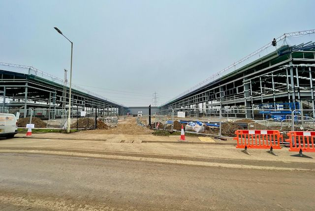 Industrial to let in Units 2-8 Union Park, Grovebury Road, Leighton Buzzard