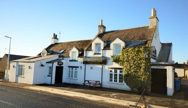 Thumbnail Pub/bar for sale in Victoria Road, Ladybank, Cupar, Fife