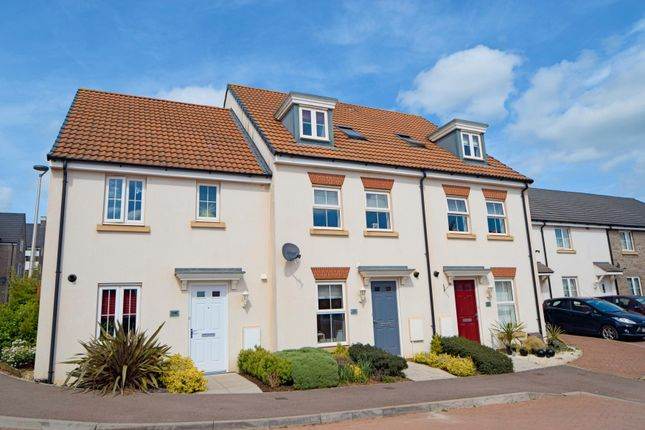 Thumbnail Town house for sale in Swallow Way, Culllompton