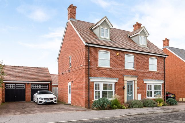 Thumbnail Detached house for sale in Buttercup Road, Stotfold, Hitchin, Herts