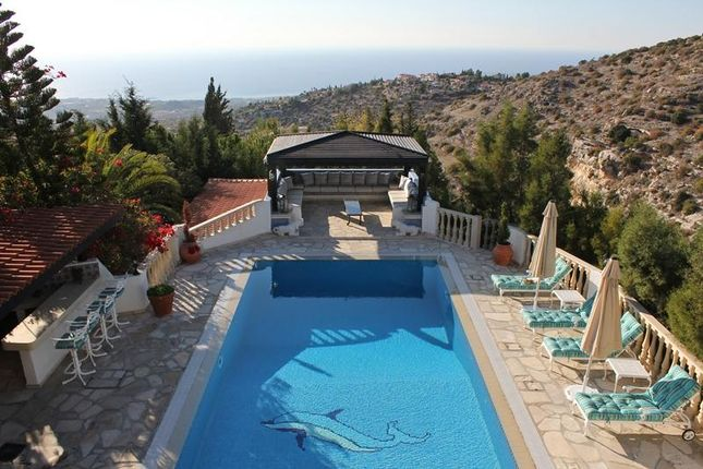 5 bed detached house for sale in Kamares, Tala, Paphos, Cyprus