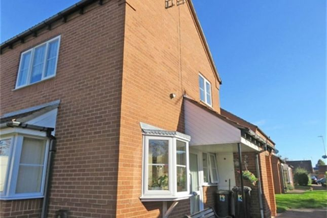 Thumbnail Flat to rent in Bishops Court, Sleaford, Lincs
