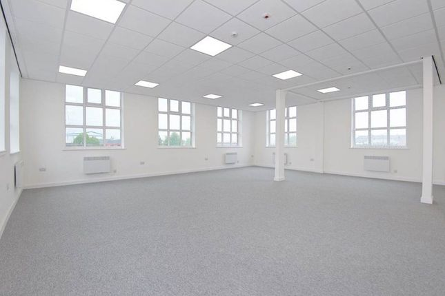 Thumbnail Room to rent in Millwood House, Pym Street, Leeds